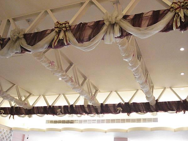 2F的天花板