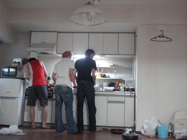 男人下廚!