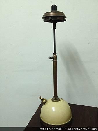 Tilley table lamp TL106-03