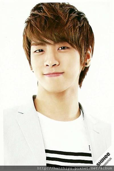 Jonghyun-4