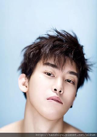 Zhou Yi Xuan.jpg
