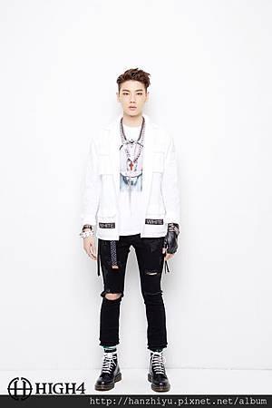 YoungJun.jpg