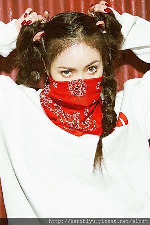 HyunA-2.jpg