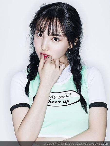 NaYeon-.jpg