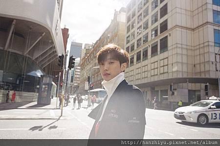 JinYoung-2.jpg