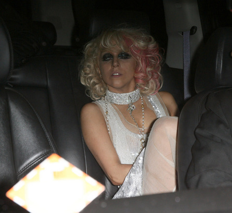 lady_gaga_drunk_0thumb.jpg