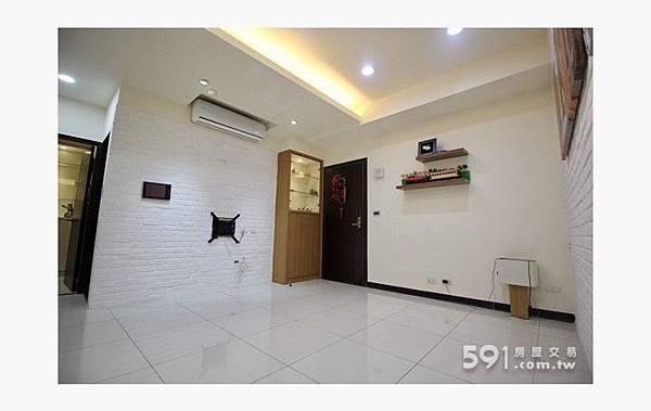 (1)寶山街ROOM18~2+1房車優質美裝潢.jpg