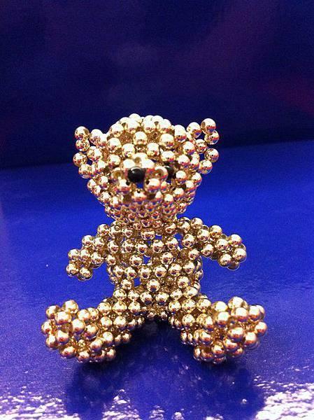 金色小熊.jpg