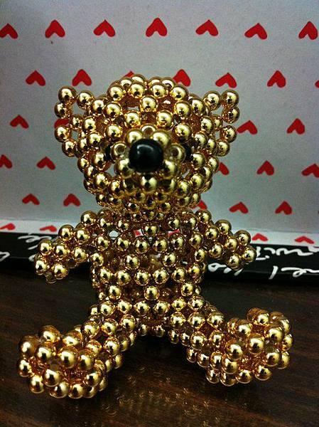 金色小熊1.jpg