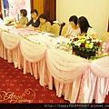 玫瑰風潮 收禮桌佈置A.jpg