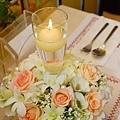 B01A1 燭光暖春宴會桌花.jpg