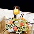 B01A1 燭光暖春宴會桌花A.jpg