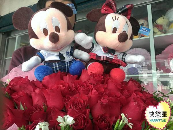 99玫瑰花束+米奇米妮