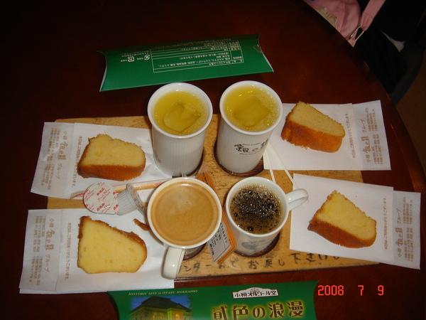 小樽歐風煤油燈咖啡館--四人份咖啡.JPG