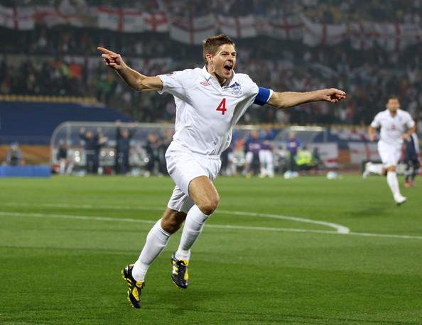 2010.6.12英格蘭隊長 4號Gerrard 射進第一球-1.jpg