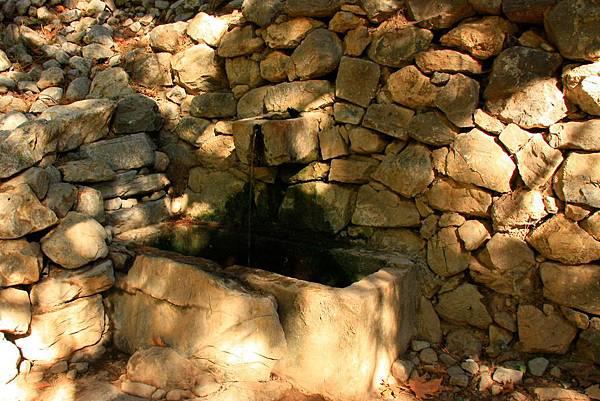 06_MG_8538_C2_沿途的水源都是可以喝的.JPG