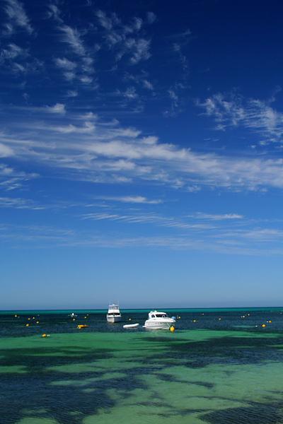 036_IMG_3263_Rottnext_Island 海邊.JPG
