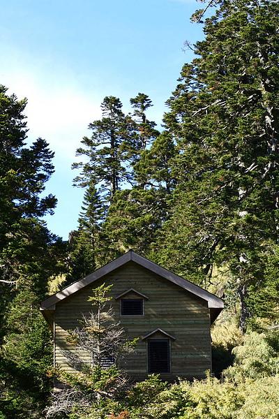 009_IMG_6495_C_排雲旁的小木屋.JPG