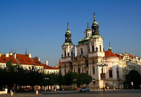 33_4125_Praha_布拉格聖尼古拉教堂就在舊城廣場.JPG