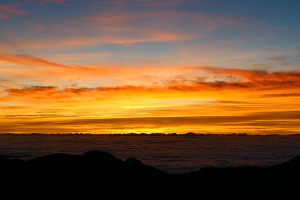 016_IMG_6563_C_摸黑走過陡下坡,迎接我們的北峰日出,辛苦總算有代價.JPG
