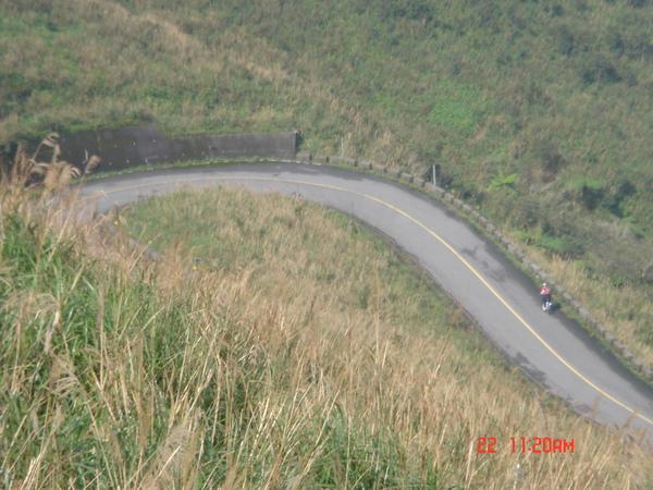 連續4.5公里的彎路及上坡