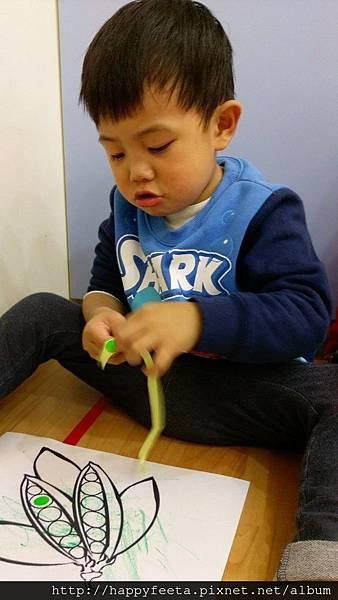 幼幼-豌豆圓點貼畫_18.jpg