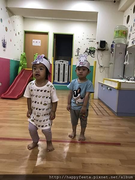 大🐘班-灰白兔跳跳跳_22.jpg