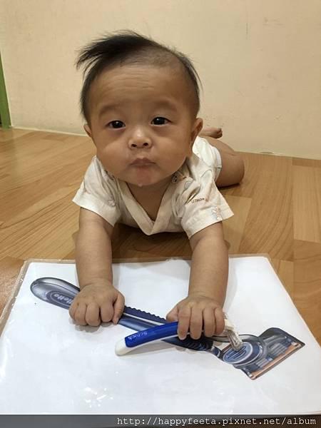 爸爸的刮鬍刀_40.jpg