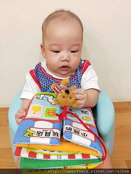 乳牛-翻翻布書(小熊的玩具店)_180810_0008.jpg