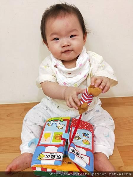乳牛-翻翻布書(小熊的玩具店)_180810_0015.jpg