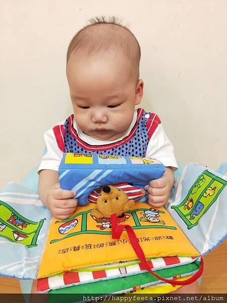 乳牛-翻翻布書(小熊的玩具店)_180810_0010.jpg
