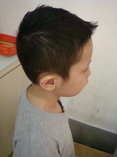 李尚瑋 剪髮後2