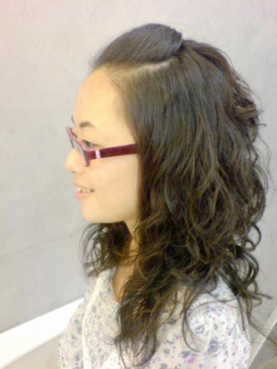 李雨庭 燙髮後側面