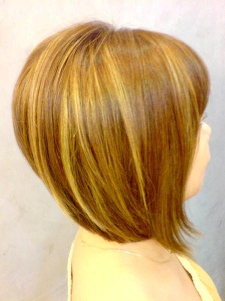 王美娟 染髮後側面