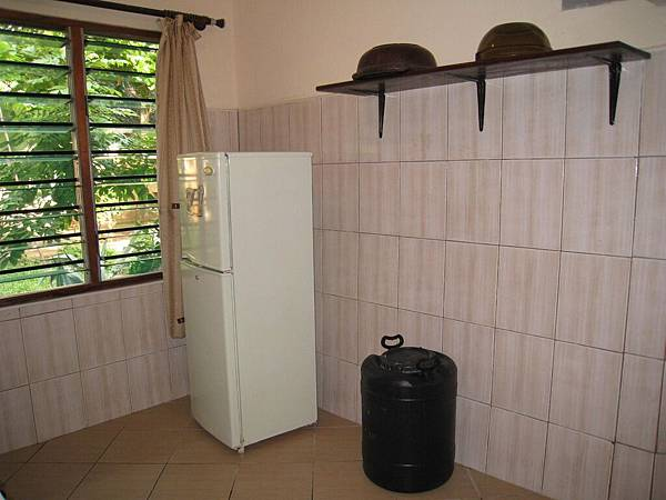 Diani Campsite n Cottages (9).jpg