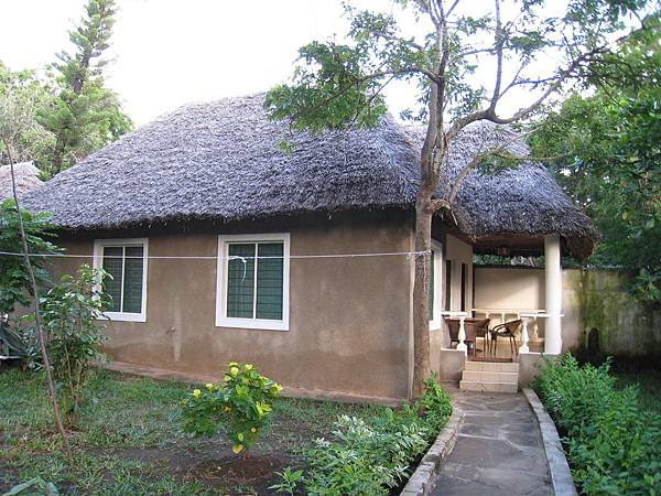 Diani Campsite n Cottages (18).jpg