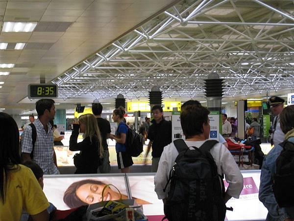 維也納機場.JPG