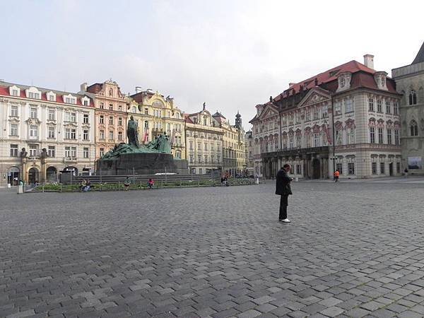 Prague Old Town Square (5).JPG