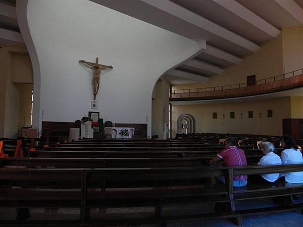 Kisha Katedrale E Shen Palit (13).JPG