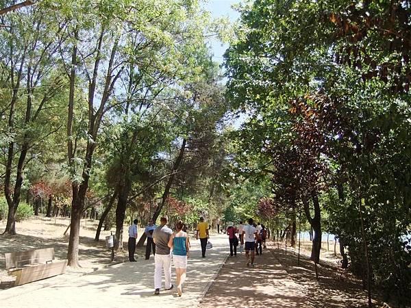 Grand Park Tirana (1).JPG