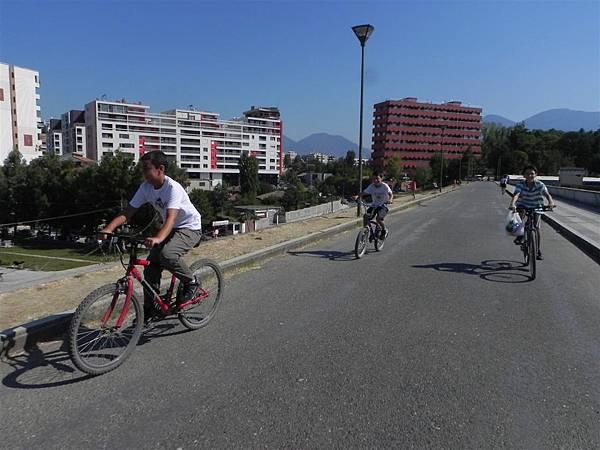 Lake Tirana (2).JPG