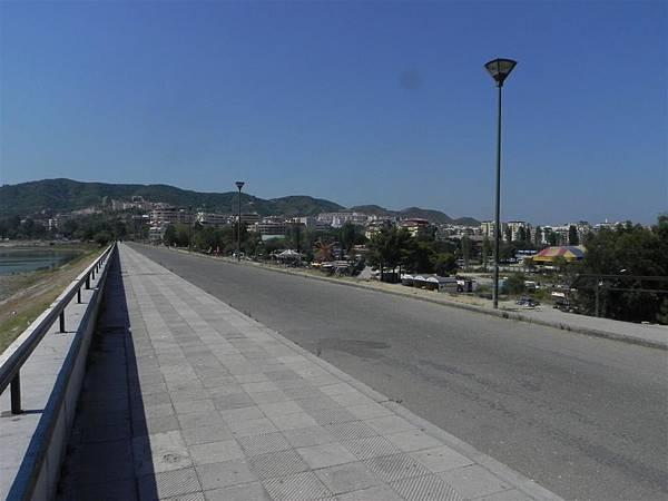 Lake Tirana (10).JPG