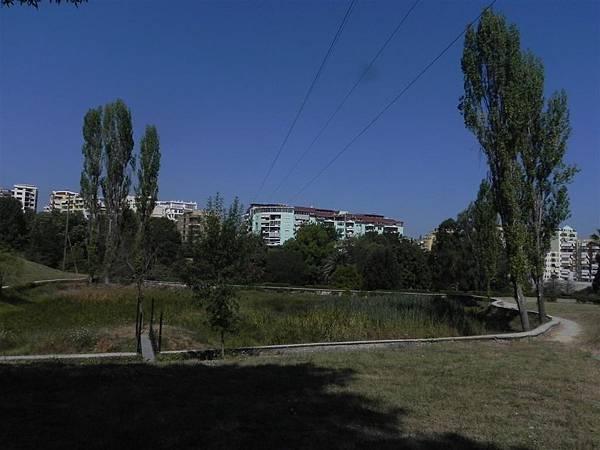 Tirana Botanical Garden (6).JPG
