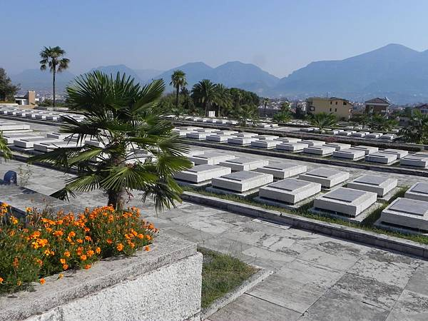 National Martyrs Cemetery of Albania (11).JPG