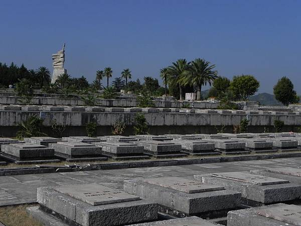National Martyrs Cemetery of Albania (15).JPG