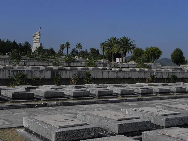 National Martyrs Cemetery of Albania (15).JPG