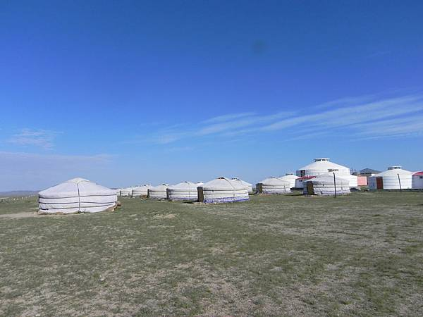 蒙古包度假村 (8).JPG