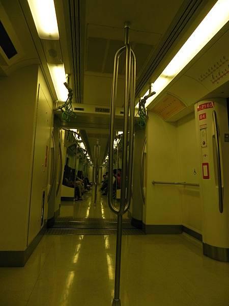 高捷車廂 (2).JPG