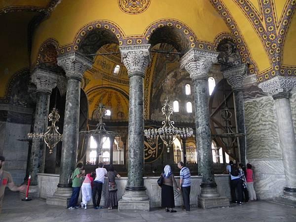 Hagia Sophia Museum (12).JPG