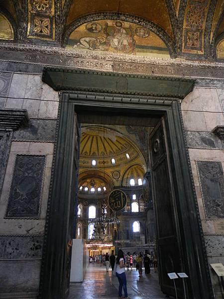 Hagia Sophia Museum (33).JPG